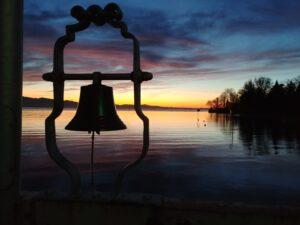 Glocke am Schiffsanleger in Bad Schachen