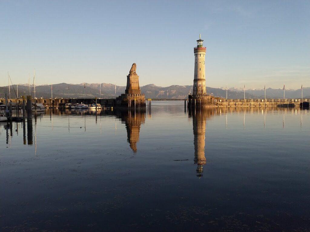 Hafen Lindau mit Leuchtturm und Löwe ©Tarja Prüss